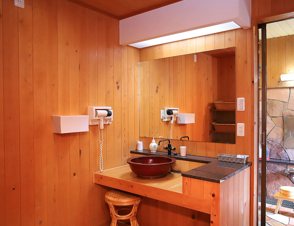 露天風呂付客室【月の鏡】4