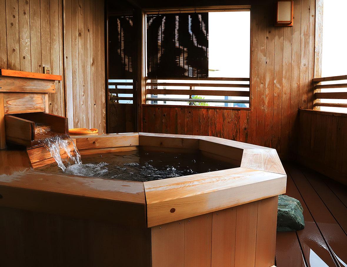 露天風呂付客室【月の鏡】2